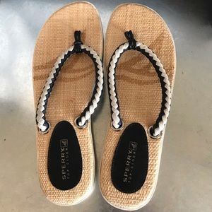 Shoes - Sperry Like new rope thong flip flop sandals